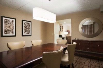 Executive Suite Dining Area 6 of 23