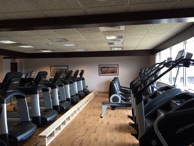 Full Upscale Sports Club Attached To Hotel -Free For Hotel Guests! 8 of 10