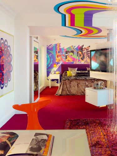 Jimmi Hendrix Suite 3 of 26