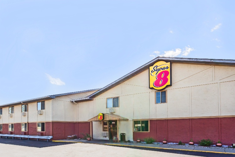 Super 8 Motel 1 of 16