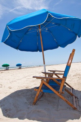 Beach Chairs Available For Rent On Beach 19 of 21