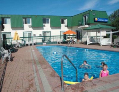 Travelodge Gananoque / 1000 Islands 1 of 8