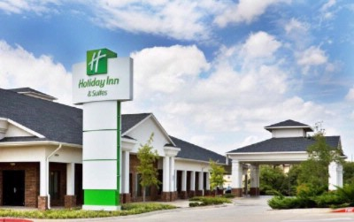 Holiday Inn Hotel & Suites 4 of 6