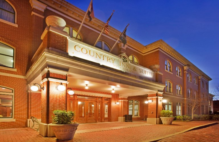 Image of Country Inn & Suites St. Charles Mo