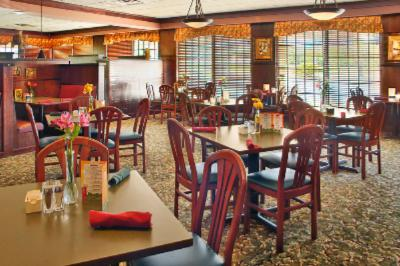 Buffalo Creek Restaurant/lounge 4 of 10