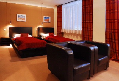 Standard Business Room-Twin Bed 6 of 10