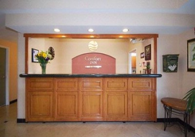 Front Desk 7 of 21