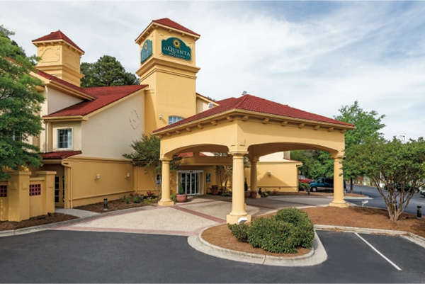 La Quinta Inn & Suites Durham Nc 1 of 10