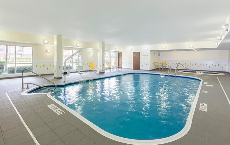 Heated Indoor Pool & Hot Tub 13 of 14