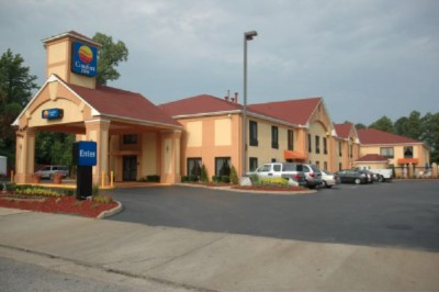 Quality Inn & Suites 1 of 7