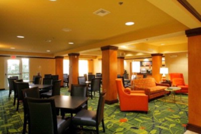 Fairfield Inn & Suites by Marriott 1 of 14