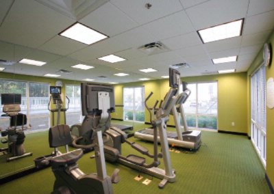 Fitness Center 4 of 14