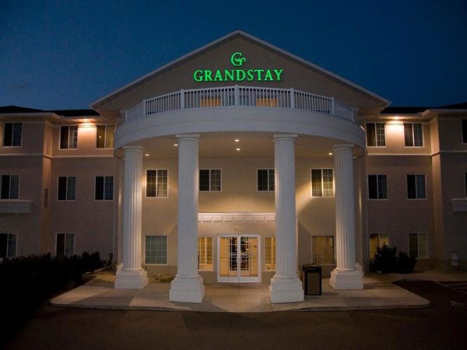 Grandstay Residential Suites 1 of 17