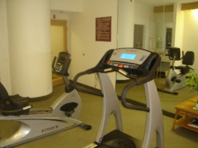 Hotel Fitness Center 6 of 7