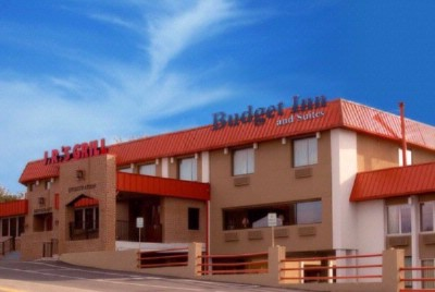 Budget Inn & Suites 1 of 4