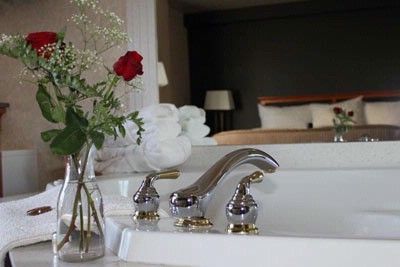 Treat Yourself To A Stay In One Of Our Jacuzzi Suites 10 of 23