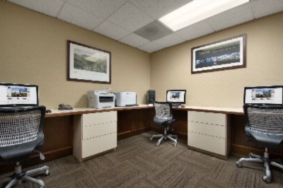 Business Center 6 of 16