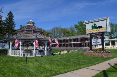 wisconsin dells adult retreat. Ambers Hideaway is conveniently located on ...