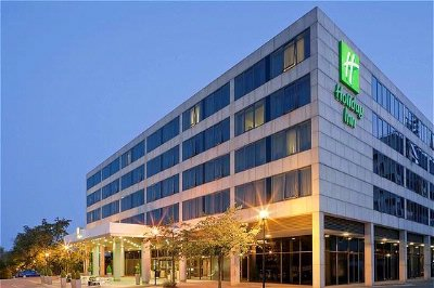 Holiday Inn Milton Keynes 1 of 7