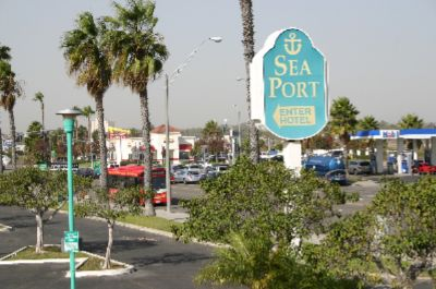 Image of Seaport Marina Hotel Long Beach Ca