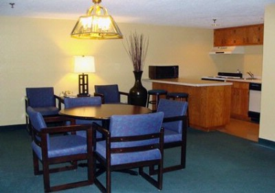 Spacious Suite With Kitchenette 17 of 18