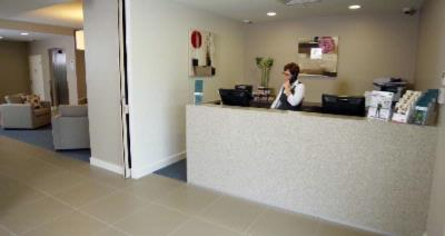 Reception Open 7 Days A Week Providing Friendly Service 12 of 16