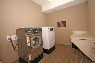 Sleep Inn & Suites-Harbour Pointe-Guest Laundry And Supplies Available. 12 of 13