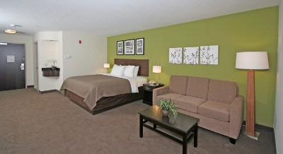 Sleep Inn & Suites-Harbour Pointe-King Suite W/ Pullout Sofa 6 of 13