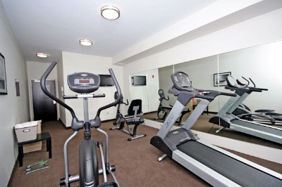 Sleep Inn & Suites-Harbour Pointe-Never Miss Your Workout Sessions! 9 of 13