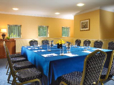 Meeting Syndicate Room At Hotel Westport 24 of 27