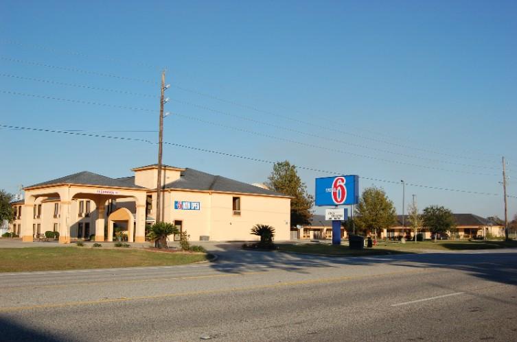 Motel 6 Abbeville 2 Of 16