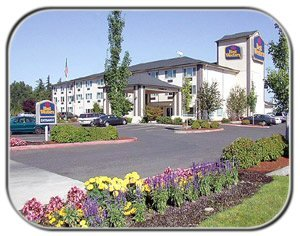 Best Western Plus Cascade Inn & Suites 1 of 11