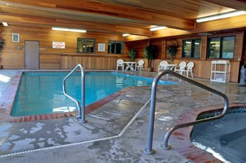 Indoor Pool/spa Pool/sauna/fitness Center 4 of 11