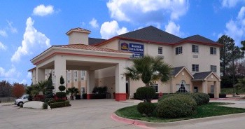 Best Western Roanoke Inn & Suites 1 of 14