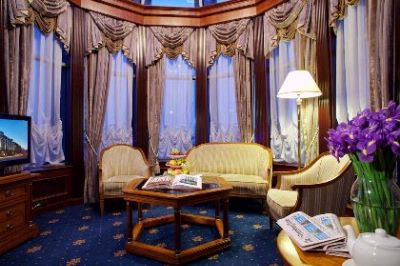 Royal Suite -Living Room 23 of 30