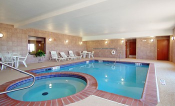 Heated Indoor Pool & Spa 7 of 8