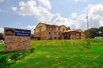 Best Western Plus Royal Mountain Inn & Suites 1 of 16