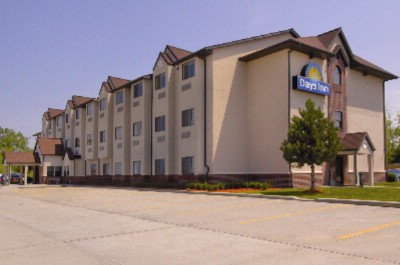 Days Inn Kansas City Speed Way 1 of 5