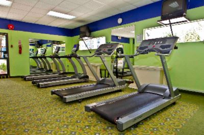 Stay Toned And Healthy At Our Fitness Centre 12 of 21