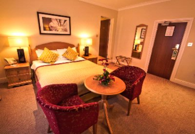 Executive Room 5 of 12