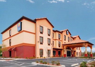 Comfort Inn & Suites Northeast Gateway 1 of 14