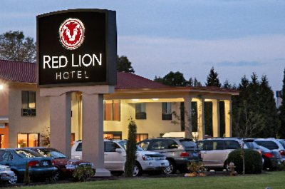 Wedding Planners Portland Oregon on Red Lion Hotel   Portland Or 7101 Ne 82nd 97220 Oregon Map