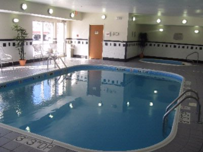 Indoor Pool & Spa 3 of 7
