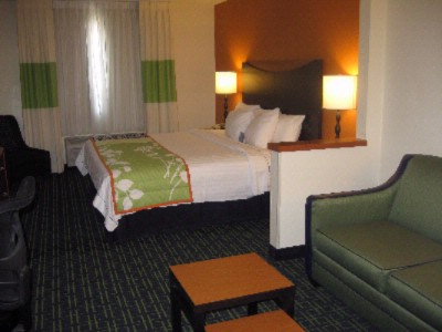 Executive King Guest Room 5 of 7