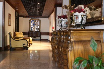 Hotel Reception 10 of 16
