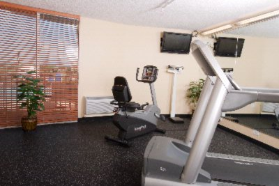 Newly Renovated Fitness Center 22 of 30