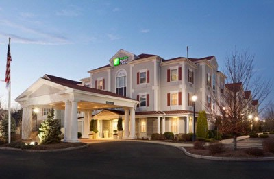 Holiday Inn Express & Suites Hadley 1 of 9