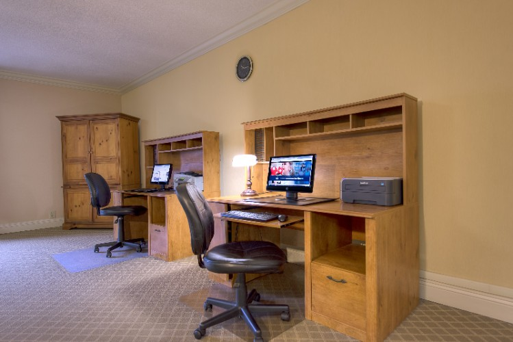 Get Your Work Done On The Road Or Just Connect With Friends And Family In Our Business Center 13 of 15