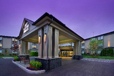 BW Premier Plaza Hotel & Conference Center by Best Western 1 of 15