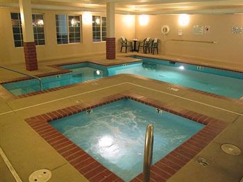 Indoor Pool & Hot Tub 5 of 8